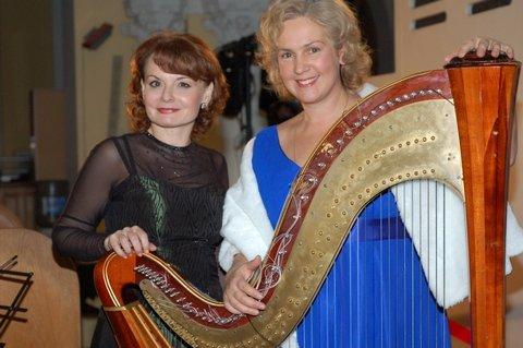 Нина Гвамичава (арфа) Марина Омельченко (орган)