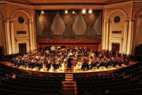 Армянский национальный филармонический оркестр впервые выступит на сцене Концертного зала Мариинского театра