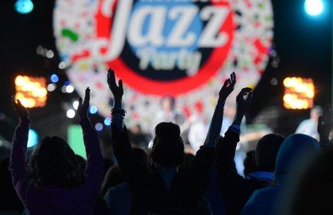 XIV международный джазовый фестиваль Koktebel Jazz Party пройдет в Крыму с 26 по 28 августа.
