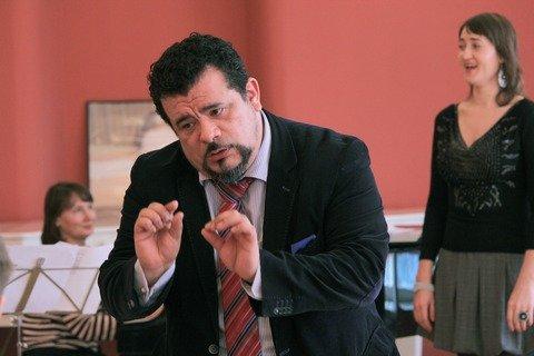 Профессор Марио Диаз