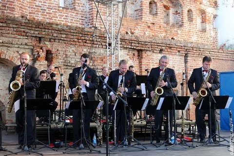 Оркестр джазовой музыки Олега Лундстрема